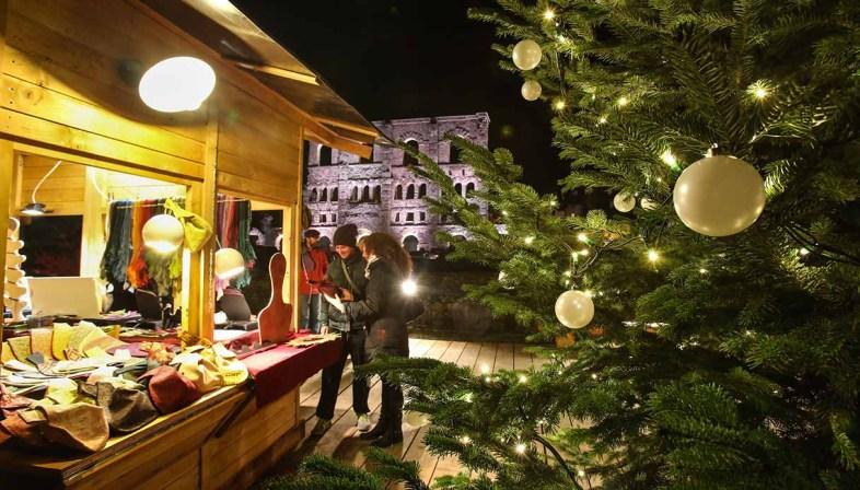 Scopri i più bei mercatini di natale 2021 d'italia e d'europa, eventi che tutti gli anni fanno sognare milioni di persone. I Mercatini Di Natale Piu Belli Della Valle D Aosta
