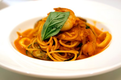 Dazzling Cafe Singapore, Capitol Piazza - Spicy Seafood Tomyam Tomato Spaghetti
