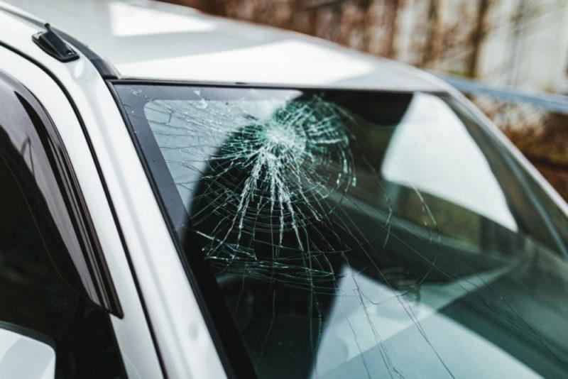 台風や水害での自動車の損害は保険で対応できる?等級は下がる?
