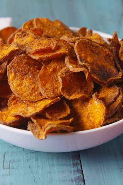 sweet potato chips healthy fall thanksgiving appetizer