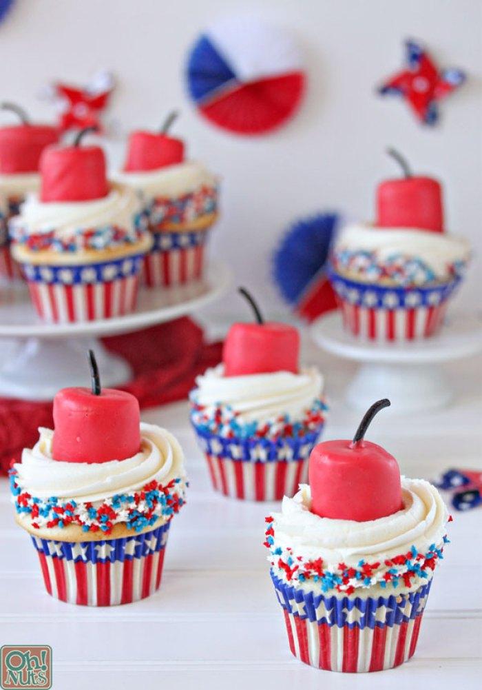Firecracker Cupcakes   Patriotic Cupcakes   Memorial Day   Picnic Ideas   Red White Blue   Summer Desserts   Picnic Food   Cupcake Recipes   American Fun Food Ideas