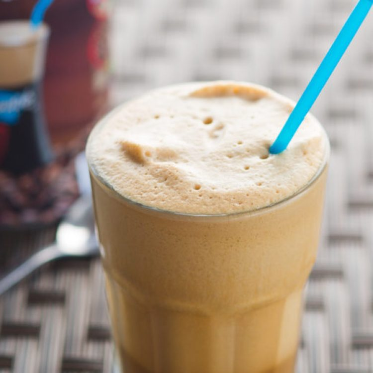 Greek frappe | how to make a Greek frappe | Greek food | Greek drinks | Greek recipes | traditional Greek food | Making a genuine Greek frappe is easier than you think! Step-by-step instructions with photos are on the Six Clever Sisters blog!