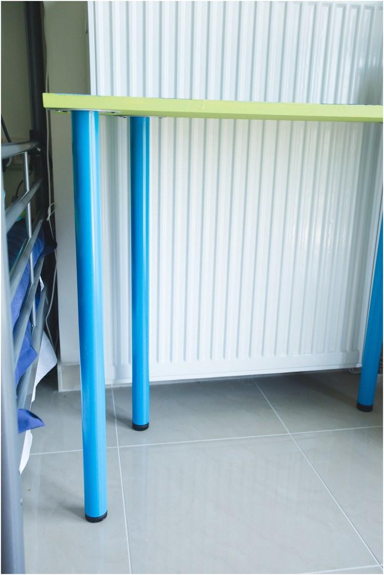 Easy DIY Kids Desk | Kids Desk Ideas | easy diy kids desk small spaces | Kids Desk | Kids Desk DIY | Kids Desk Ideas
