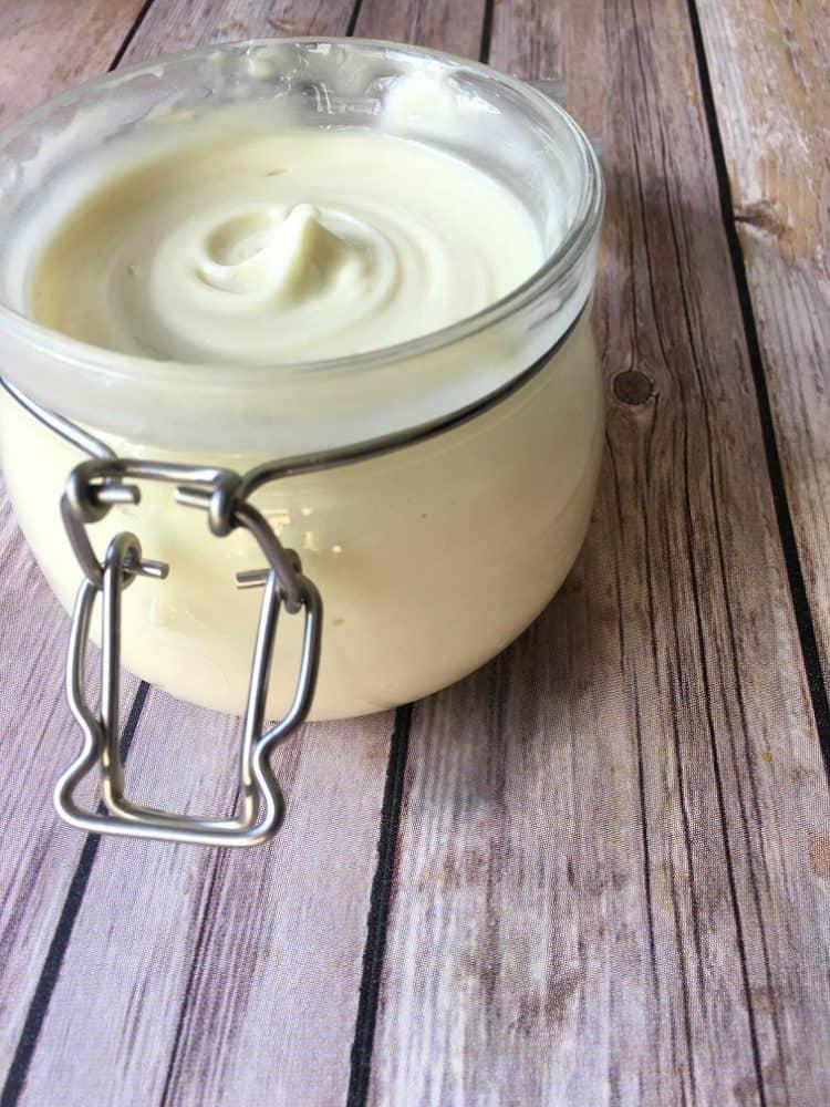 Homemade-Cold-Cream-Horizontal