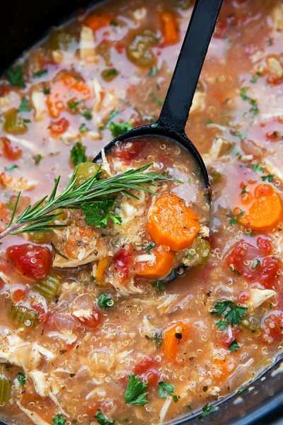 Easy-Crockpot-Italian-Chicken-and-Quinoa-Soup