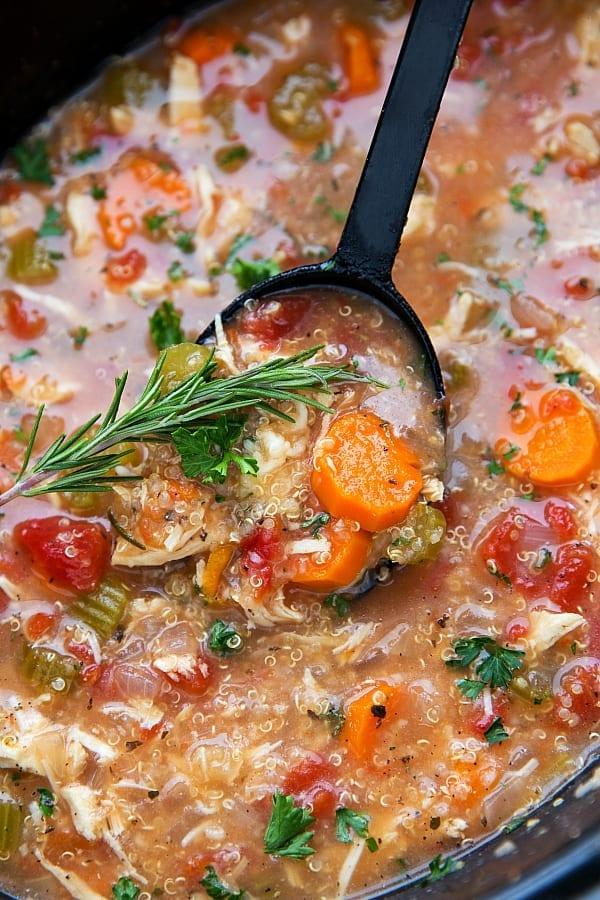 Easy-Crockpot-Italian-Chicken-and-Quinoa-Soup