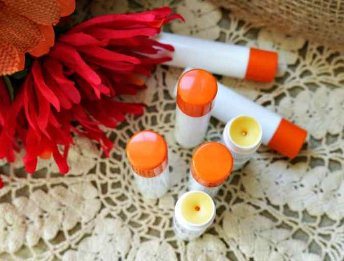 Fall is pumpkin spice season and if you love a pumpkin spice latte, you'll love learning how to make pumpkin spice lip balm!