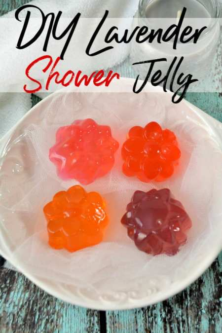 Tired of paying so much for shower jelly with ingredients you can't pronounce? This DIY shower jelly and bath jelly is easy to make, budget friendly and simply amazing! It makes a great DIY gift idea too!