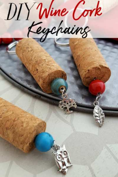 Have a few wine corks lying around? Make this simple wine cork craft! These wine cork key chains work up super quick and are sure to be loved by anyone!