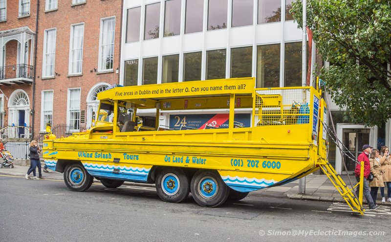 A DUKW Operated by Viking Splash in Dublin (©simon@myeclecticimages.com)