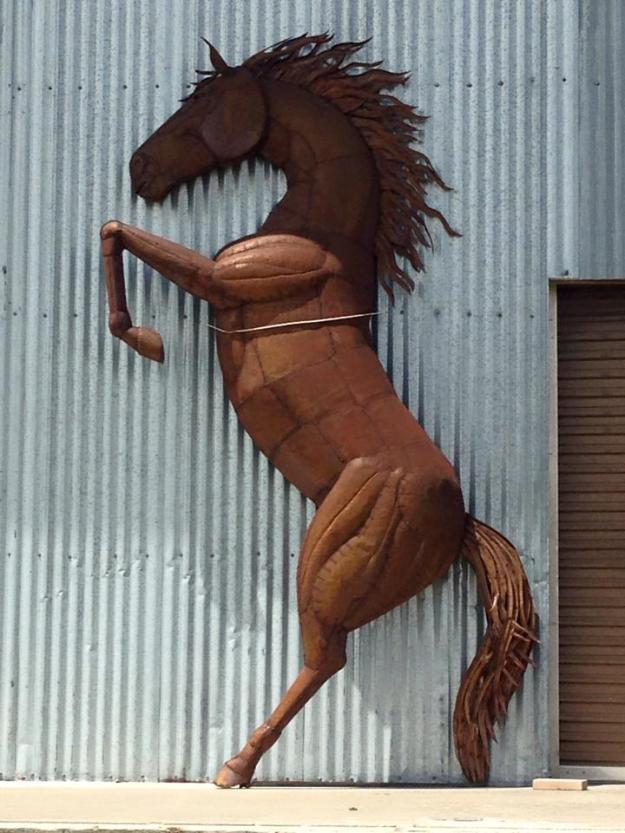 Half Horse for Building