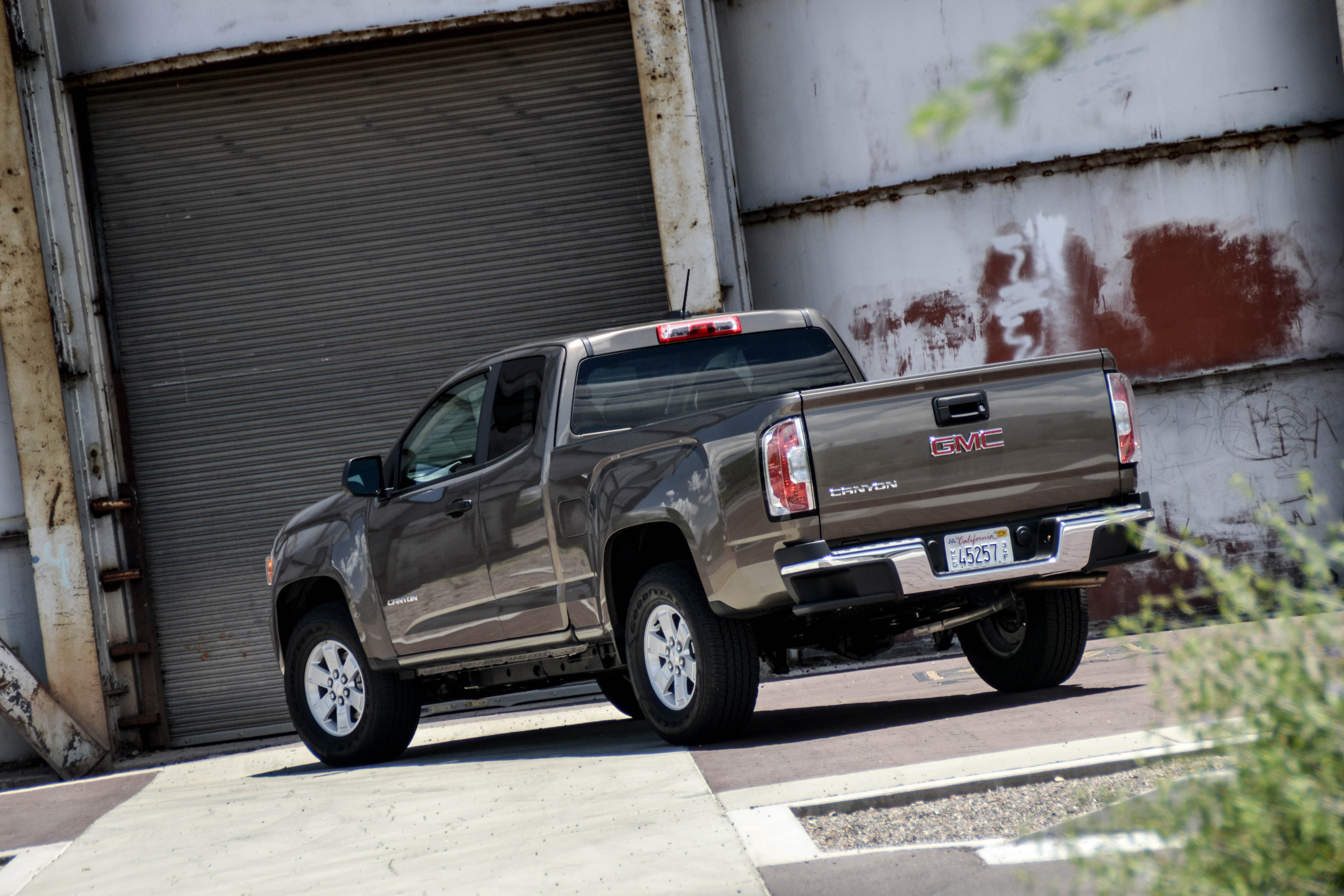 hight resolution of first drive 2015 gmc canyon 2 5l manual six speed blog gmc acadia schematic gmc canyon schematic