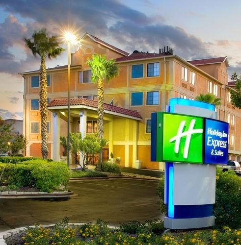 Holiday Inn Express Hotel Amp Suites San Antonio Dtwn Market