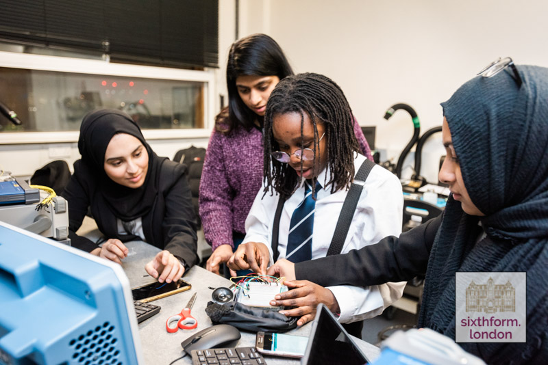 NCS Engineering School Students Take Part In UCL Project X Wearable Technology Project