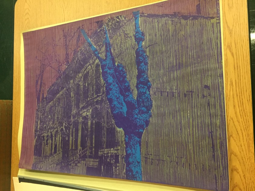 """Jose Williams. """"East 38th Street,"""" 1975. A tree (in blue) stands starkly against a distant row of buildings (in yellow). Courtesy of Illinois Institute of Technology, Paul Galvin Library, Special Collections ."""