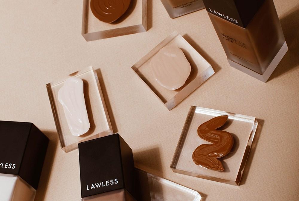 """Annie Lawless' Makeup Is Clean """"AF"""" — """"Always Free"""" of Toxic Junk"""