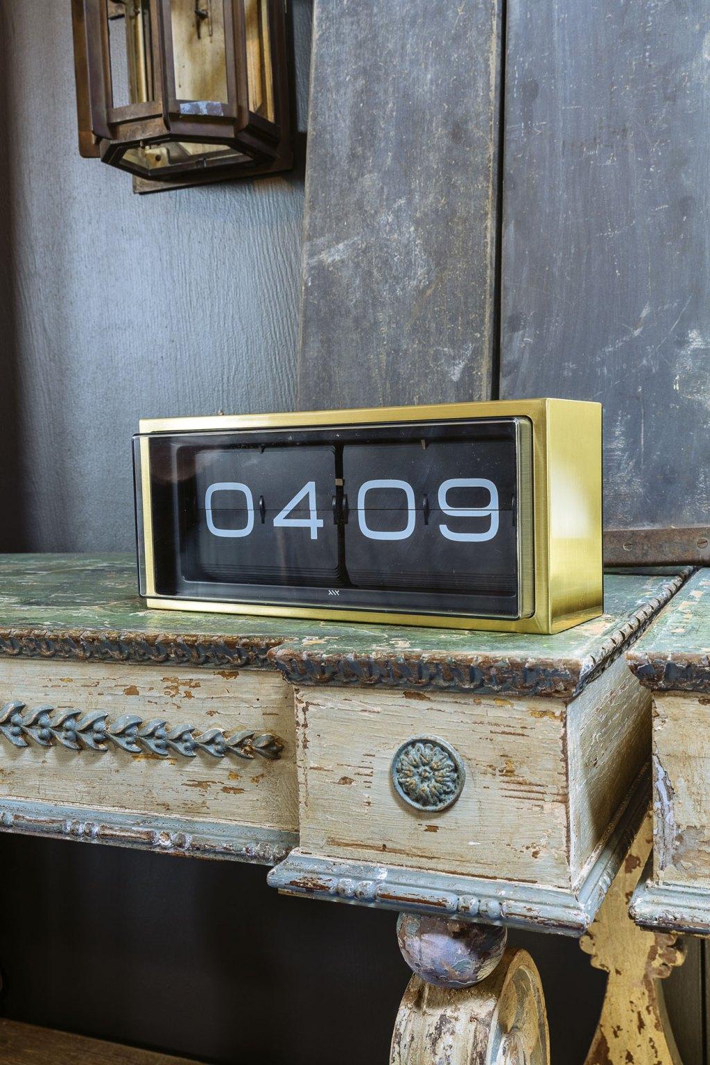 sixtysix mag termaat clock brass