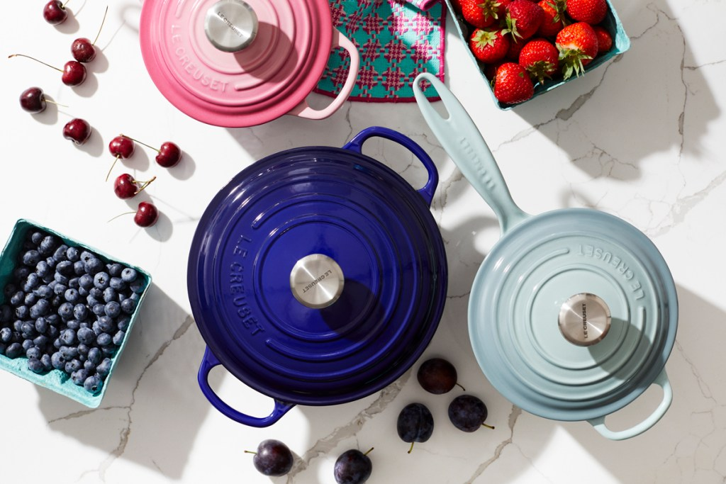 sixtysix mag le creeuset dutch oven blue pink