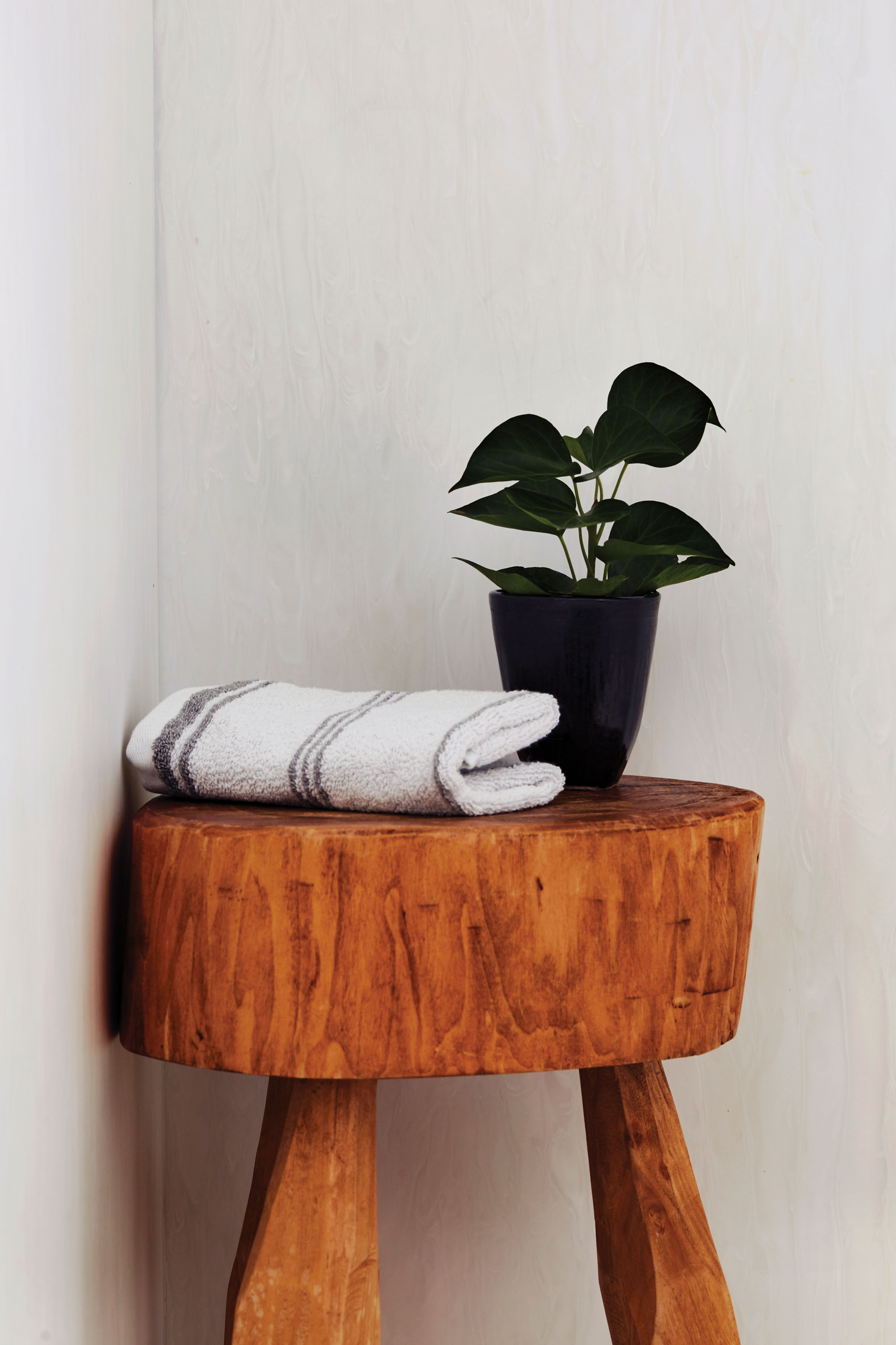 sixtysix wilsonart georgia home wooden stool