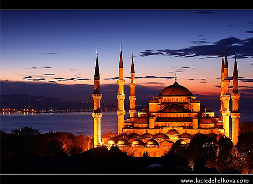 12 Mosques Photography - Showcase of Beautiful Mosques(Masjid) Photography