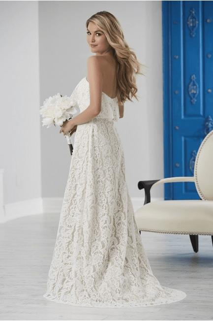 52 2 - 5+ Ideas for your Beach wedding Dress