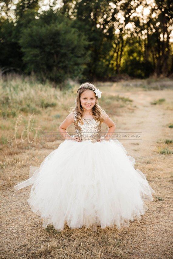 flower girl dress 23 - Super Cute Flower girl Dresses Ideas!