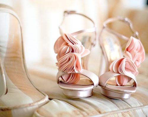 wedding shoes 13 sizzling magaizne - Stunning Wedding shoes ideas for Brides!
