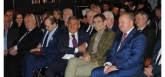 Рустам Минниханов встретился с Медиаклубом, созданным в Москве при Полпредстве Татарстана