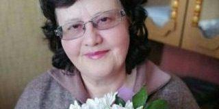 Коллеги поздравляют с днем рождения Людмилу Путятинскую
