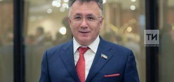 Ильшат Аминов поздравил с 90-летием газету «За прогресс»