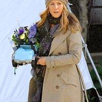 Jennifer Aniston met lange sjaal