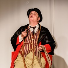 Fred Harlow as Pozzo; Photo by Jim Carmody
