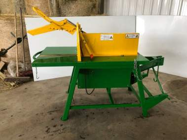 Roselli swinging table saw bench pto tractor (3)