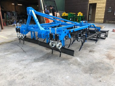 Spring-tine-seedbed-cultivator (2)