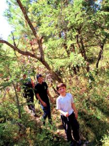 kids on Perrins Peak hike