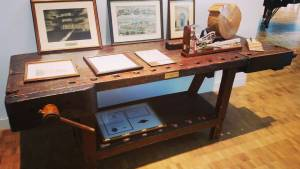 Henry Steinway desk