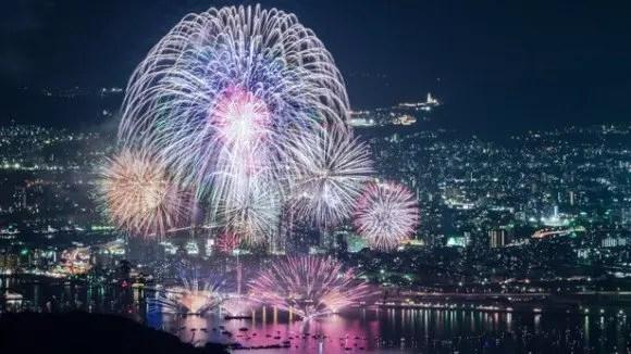 広島みなと夢花火大会2018穴場スポットや場所取りと交通規制