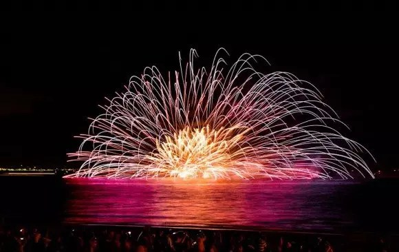 幕張ビーチ花火フェスタ2017穴場スポットと場所取りのおすすめは?
