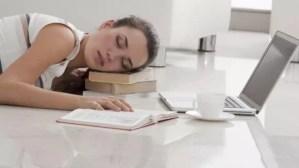 失敗しない仮眠の取り方【頭スッキリ】脳の活性化