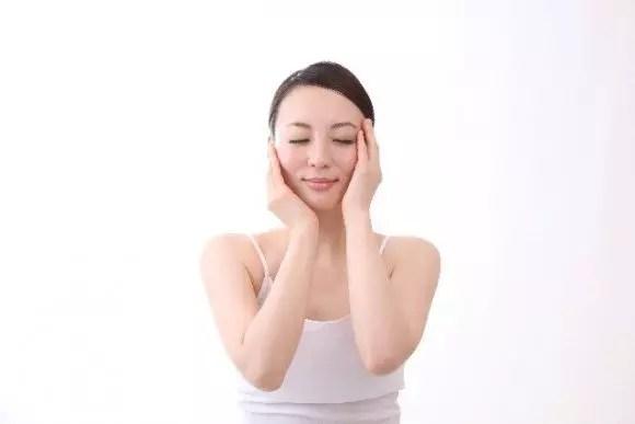 乾燥肌対策の化粧水おすすめ5選【保湿性と効果】