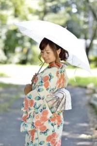 浴衣の着方や着付け【女性版】簡単に美しく着こなすコツ!