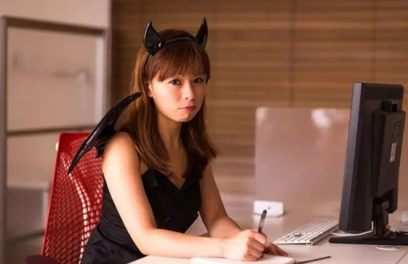 ハロウィンのコスプレおすすめ10選【男女別】今年はこのコスチューム!
