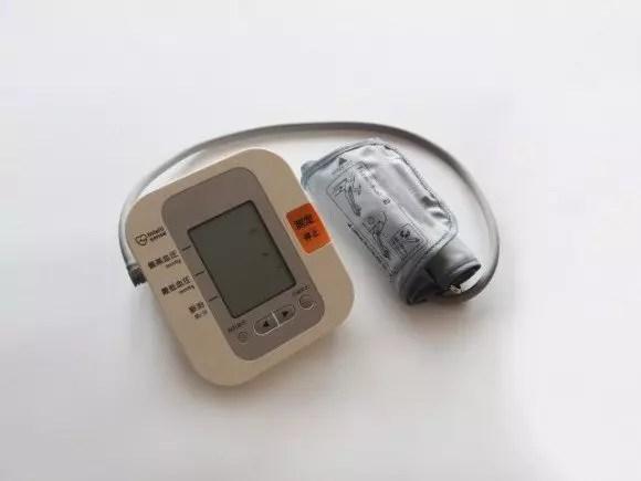 血圧を下げる飲み物おすすめ10選!コンビニでも買えるものは?