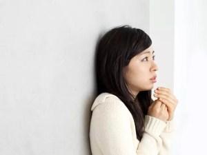 冷え性の原因と効果的な改善方法【ツボ・漢方・食材】
