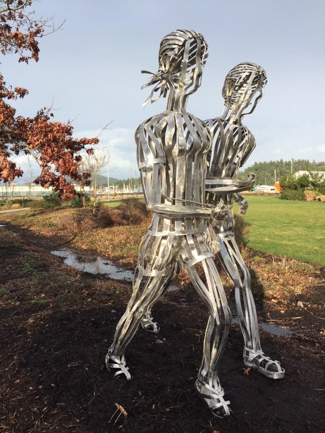 Sculpture_RunningCouple_Anacortes