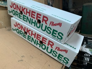 Jonkheer Greenhouses shipping boxes