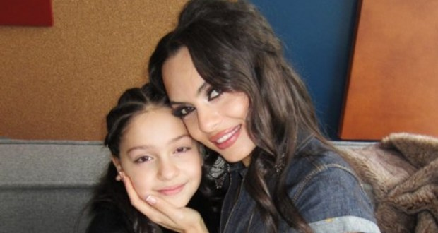 16-годишната дъщеря на Лияна надмина дори дъщерята на Анелия