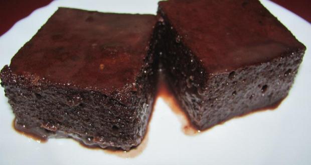 Размазващо вкусен шоколадов сладкиш с гореща вода за 5 минути
