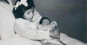 Тя ражда сина си когато е едва на 5 години. Ето как изглежда днес най-младата майка в човешката история