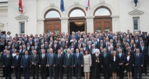 Въвеждат 20 заплати при пенсиониране на депутат
